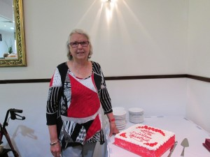 Robyn-Fennell-celebrating-Goulburn-Valleys-30th-Birthday-in-2016